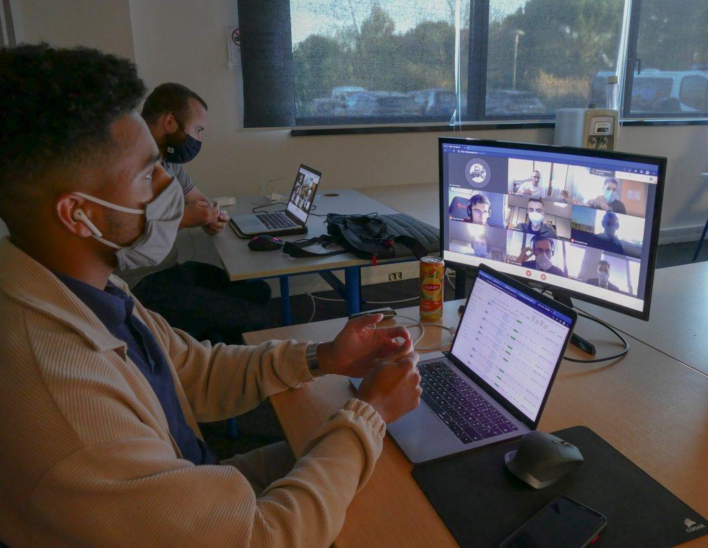 Comité de Pilotage en visioconférence  durant le Speed Coding 2021 à Marseille