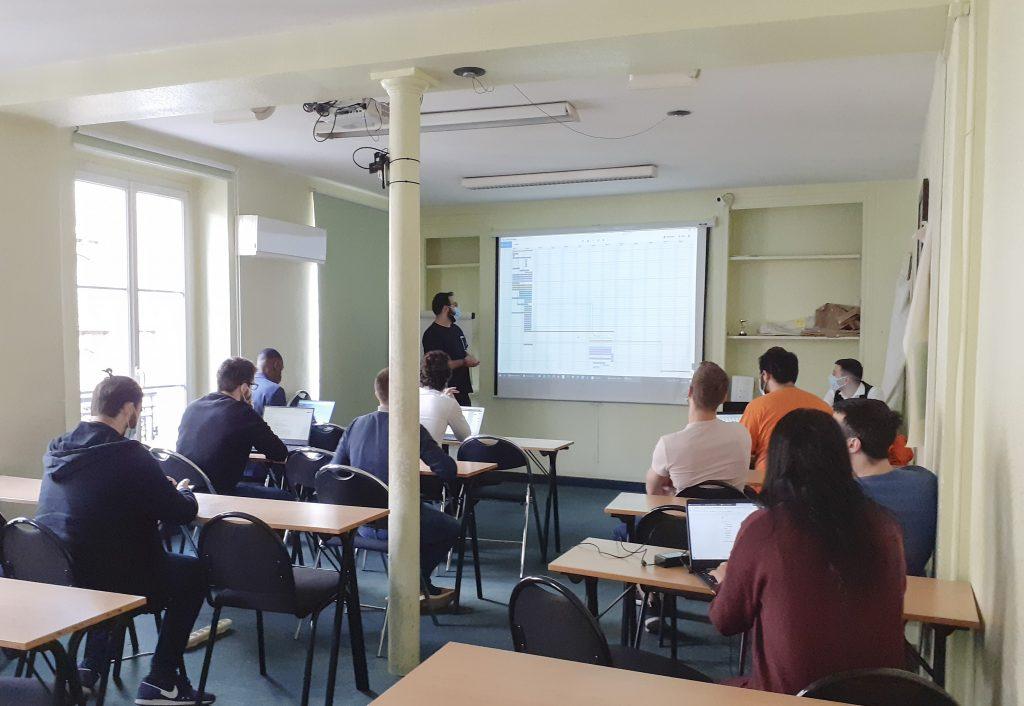 Institut G4 Paris : Projet dédié à la création de la Plateforme Web de mise en contact avec des spécialises juridiques